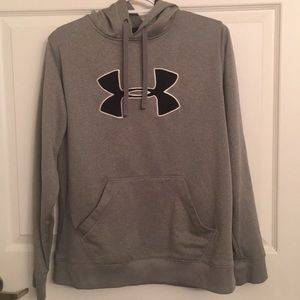 Women's Under Armor Sweatshirt